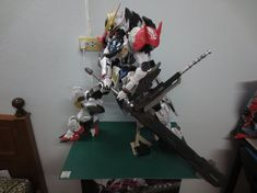 超大隻!! 1/35 紙模型 Gundam...