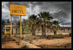 route 66 abandoned road | abandoned roadside motel, Route 66 ghost town