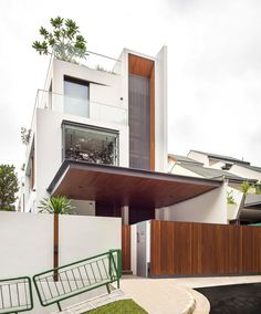 Toh Yi House by Ming Architects