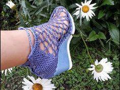ZAPATO TEJIDO EN CROCHET - MODELO SALOMON - YouTube Crochet Shoes Pattern, Shoe Pattern, Crochet Patterns, Flip Flop Sandals, Shoes Sandals, Crochet Sandals, Crochet Videos, Crochet Fashion, Ideias Fashion