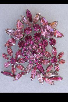 Light pinks floral brooch