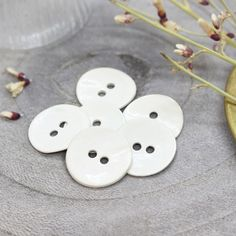 Atelier Brunette Glossy Buttons — Off-White, 14mm