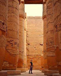 What a great landmark in Luxor City! to enjoy visiting it book our day trip to Luxor from Hurghada Ancient Mexican Civilizations, Pyramids Egypt, Amenhotep Iii, Marsa Alam, Valley Of The Kings, Giza, Beautiful Places To Visit, Africa Travel, Luxor