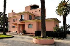 Villa La Calade à Antibes Antibes France, Juan Les Pins, Villa, Ville France, Pastel Colors, Palm Springs, My Dream Home, Provence, Mansions
