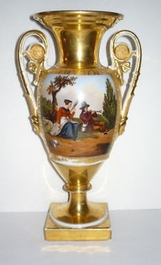 Large Old Paris Gold White Porcelain Scenic Urn (04/03/2011)