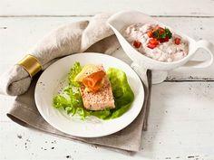 Raikas ja hienostuneen makuinen kylmä tomaattikastike, joka on omiaan esim. lohiterriinin kaverina. Sopii myös paistetun tai höyrytetyn kalan kastikkeena. Kokeile myös kastikkeena broileri- ja kalkkunafileelle.
