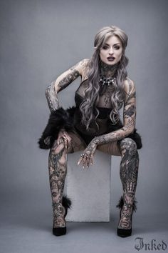 Ryan Ashley Malarkey won season eight of 'Ink Master' and shares her story with us. Along with some super sexy photos and her tattoos. Ryan Ashley Malarkey, Hot Tattoos, Body Art Tattoos, Girl Tattoos, Tattoos For Women, Tattooed Women, Ink Master Tattoos, Tatoos, Irish Tattoos