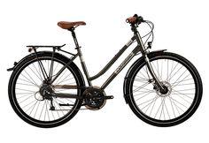 Trekkingrad Damen, 28 Zoll, 24 Gang SHIMANO Deore, »C29er Trekking BASE Lady«, Corratec.  Lieferbar in 4 Rahmenhöhen  Mit diesem Trekkingrad erlebt jederman die Magie des Besonderen, denn die C 29er-Reihe vereint Eigenschaften, die aus dem Radfahren puren Genuss werden lassen. So schaffen die 29er Laufräder durch eine Starrgabel ein klassisches Design. Außerdem bietet der halb integrierte Steue...