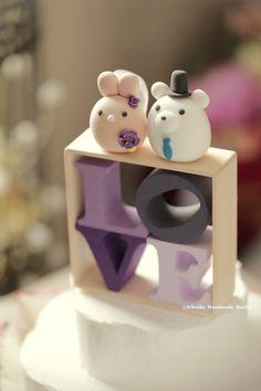 Bunny ,Rabbit and Polar Bear wedding cake topper, wedding cake ideas, planning and handmade cake topper. #cute #animalscaketopper #LOVEsign #LOVE #custom #ceremony #gift #purple #unique #kikuikestudio #Hochzeit #mariage #Boda #結婚式