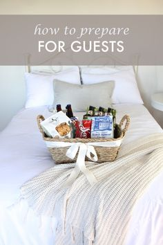 Welcome weekend or holiday guests with these warm and inviting ideas to help your friends and family feel right at home!