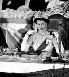 """""""Don't be hatin' I am de Queen and you're not"""" :) Queen Elizabeth II Queen Elizabeth Portrait, Young Queen Elizabeth, Oriental Hotel, English Royal Family, Isabel Ii, Her Majesty The Queen, English Royalty, Elisabeth, Queen Of England"""