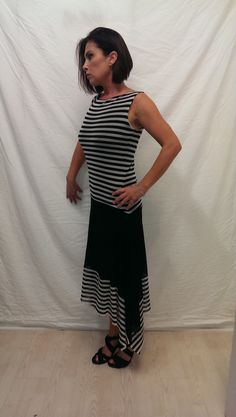 Light weight free flowing dress made to fit every women perfectly.
