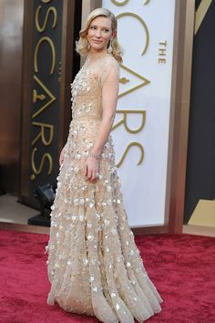 Cate Blanchett attends the 86th Academy Awards on March 2, 2014 In Armani Prive.