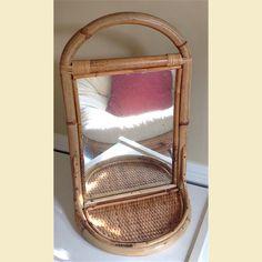 Boho Vintage Bamboo miroir avec étagère miroir ovale par RetroDazy