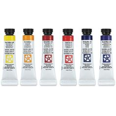 Daniel Smith Extra Fine Watercolors Essentials Set at blick online store. Nice set of reds, yellows and blues to try the brand, and very useful for mixing colors.