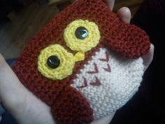 """Free pattern for """"Owl Coin Purse"""" from Maggie Makes Stuff!"""