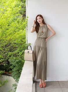 Cozy Home Office, Cozy House, Short, Yuri, Casual Looks, Designer Dresses, Jumpsuit, Fashion Outfits, How To Wear