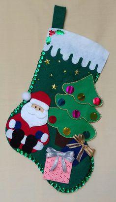 Felt Christmas Ornaments, Christmas Stockings, Christmas Crafts, Felt Diy, Merry Xmas, Wallpaper, Holiday Decor, Diy Christmas Ornaments, Snowman