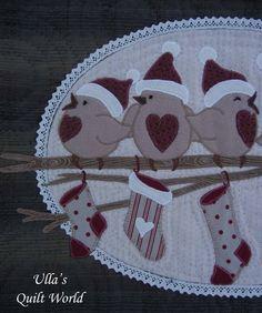 Ulla's Quilt World: Birds wall hanging quilt