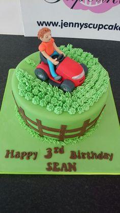 Ride on lawnmower cake