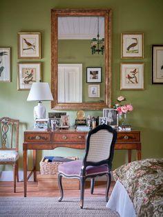 Inside Julia Reed's Delta Dream Home – Garden & Gun Garden And Gun Magazine, Thing 1, Painting Cabinets, Bedroom Wall, Master Bedroom, Bedroom Decor, Wall Decor, Mississippi Delta, Greenville Mississippi