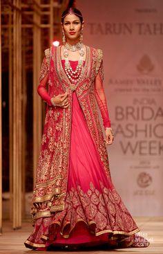 Tarun Tahiliani.#TarunTahiliani  #highfashion #fashion # India #style