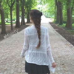 French braids for Fridays :) Another older shot taken in #Warsaw #łazienkikrólewskie #FrenchBraid #Braid #Bow #LongHair #InstaBraid #InstaStyle #InstaHair #Lovisa #ForeverNew #Warsawa #Poland #Polska #StyleInspiration #SummerStyle #Style #Fashion #Hair #HairStyle #HairDo #InstaStyle #HudaBeauty #PerfectHairPics #HairsAndStyles #FeatureFridayStyle #MisiaTv