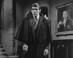 Jonathan Frid, Ghoulish 'Dark Shadows' Star, Dies at 87 - NYTimes.com