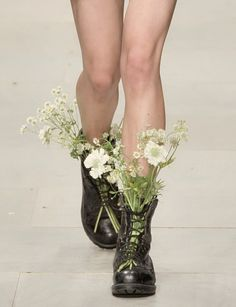 Image — wink-smile-pout: Shoes at Ashish Spring 2012 : Only Image — wink-smile-pout: Shoes at Ashish Spring Image — wink-smile-pout: Shoes at Ashish Spring 2012 : Only Image — wink-smile-pout: Shoes at Ashish Spring 2012 Anthropologie – Earth Day Windows Photography Poses, Fashion Photography, Blue Sargent, Photo Images, Portraits, Pretty, Model, Inspiration, Beauty