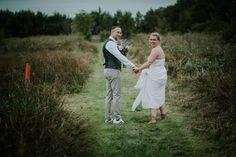 De buiten bruiloft in Friesland van Henk-Jan en Nicky » Nickie Fotografie Couple Photos, Couples, Couple Pics, Couple Photography, Couple