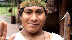 Al llegar desde Lima a la Selva Central a la ciudad de La Merced en Chanchamayo todo se tinta de verdes y las sonrisas de su gente dominan el lugar. http://josecarlosangulofotografia.wordpress.com/