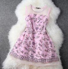 spring and summer Hand-embroidered sleeveless dress Princess dress H442335