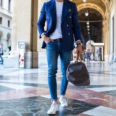 """""""Mi piace"""": 1,312, commenti: 13 - Street Style Lounge (@streetstylelounge) su Instagram: """"Follow us @StreetStyleLounge for more street style inspiration! Courtesy of @justusf_hansen…"""""""