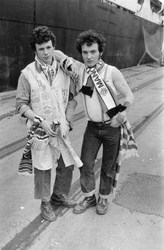 Iain S. P. Reid - Manchester United fans circa 1977 - Imgur