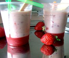 Sorbetto di Yogurt e fragole, un fresco dolce al cucchiaio