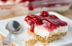 Cherry Delight Recipe- a yummy graham cracker crust with a middle layer of homemade whipped filling, all topped with a delicious layer of cherries! Cherry Delight Dessert, Cherry Desserts, Cherry Recipes, Easy Desserts, Delicious Desserts, Cold Desserts, Cake Recipes, Dessert Recipes, Pastries
