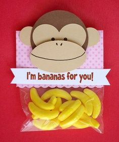 Monkey Valentine Tell that someone special that Im bananas for you! with this homemade monkey Valentine. You can find candy bananas sold in bulk at candy stores. The post Monkey Valentine was featured on Fun Family Crafts. Homemade Valentines, Valentine Day Crafts, Love Valentines, Valentine Ideas, Valentine Party, Printable Valentine, Valentine Wreath, Valentine History, Saint Valentine