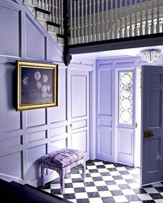 Ohhh, that purple paneling. (: Beatriz da Costa | Design: @marymcgeeinteriordesign) #HBcolor #instadesign