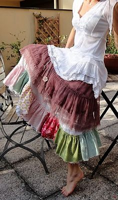 Tiered skirt in multi fabrics & lace