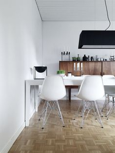 Get the look: http://www.replicafurniture.com.au/replica-charles-eames-dining-chair-steel-legs.html