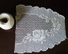 Crochet, Paper, Instagram, Farmhouse Rugs, Towels, Crochet Tablecloth, Table Toppers, Table, Ganchillo