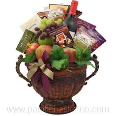 Sweet Reward : Wine, cheese and fruit baskets Vancouver Gourmet Gift Baskets, Fresh Fruit, Gourmet Recipes, Valentine Gifts, Wine Cheese, Vancouver, Sweet, Holiday, Food