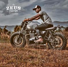 Zeus Triumph Bonneville SE 900 Scrambler