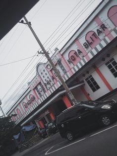 Cloud not means darkness☁  Diambil di : Stadion Soepriadi Kota Blitar  Taken at : Soepriadi Stadium Blitar City, East Java, Indonesia
