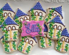 This listing is for one dozen Fairy Tale Tower Cookies. Perfect for your Princess Party! You can add special plaque cookies, add a name or Moon Cookies, Iced Cookies, Yummy Cookies, Cupcake Cookies, Rapunzel Birthday Cake, Tangled Birthday Party, 4th Birthday, Cookies For Kids, Cut Out Cookies