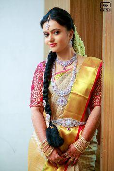 101 Trendy Bridal Silk Sarees worn by Real Brides. South Indian Weddings, South Indian Bride, Bridal Silk Saree, Silk Sarees, Kerala Hindu Bride, Silk Saree Blouse Designs, Bridal Style, Trendy Fashion, Brides