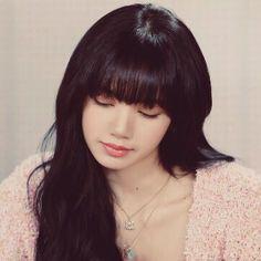 Blackpink Memes, Living Dolls, Blackpink Fashion, Black Queen, Blackpink Lisa, Look Alike, Kpop Aesthetic, Korean Women, Aesthetic Pictures