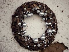 Love this nature inspired wreath!