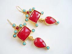 VENTA ventacristal rojo y turquesa rebordea hojas de por beadycats, $34.90 Zarcillos. Pendientess. Earrings.
