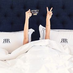 Good morning!!! Love this pic by @njwhite  happy Saturday y'all!!  sheets from @stdecor #inspo#bedding by ceresbr1